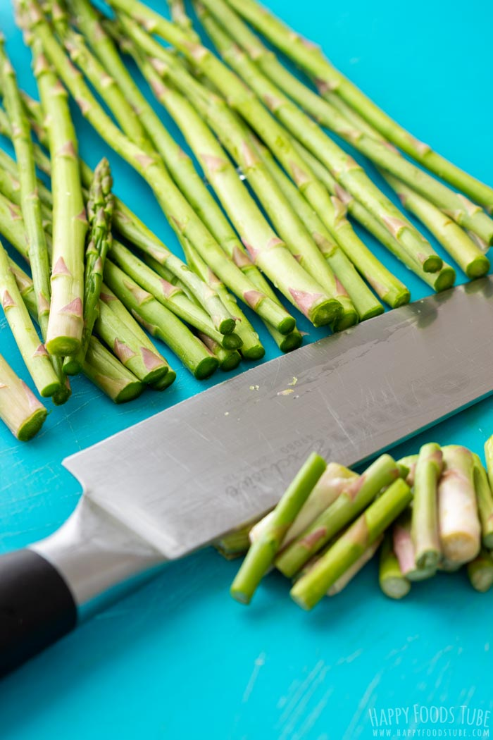 How to make Pan Fried Asparagus with Parmesan Step 1