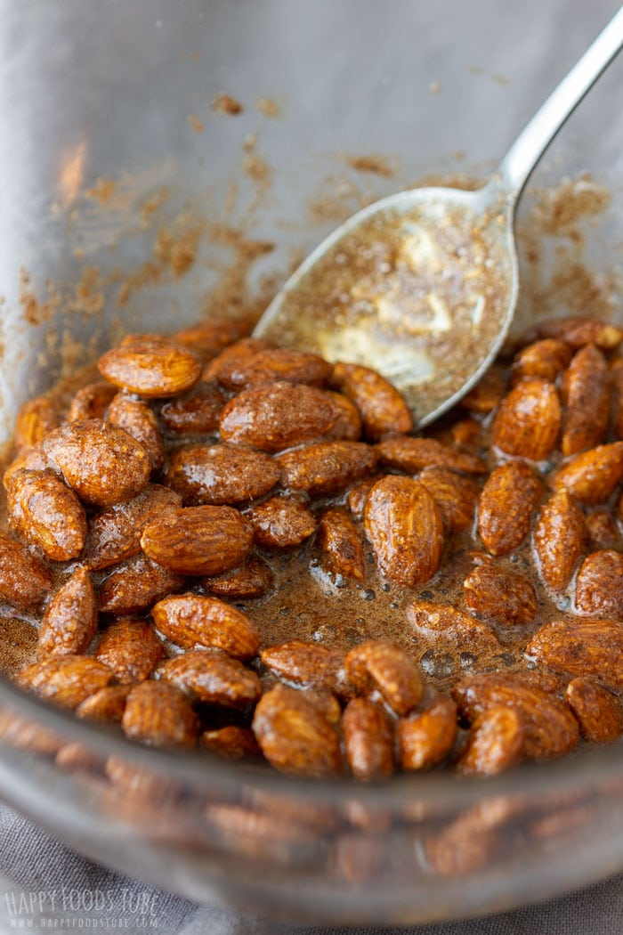 How to make Spiced Cocoa Roasted Almonds Step 3