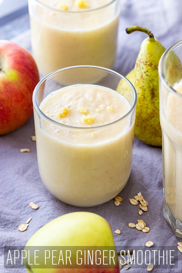 This dairy-free apple pear ginger smoothie is full of vitamins and antioxidants that help your body stay healthy. It's sweet, creamy and rich in flavor. Only 5 ingredients! #happyfoodstube #apple #pear #ginger #smoothie #recipe #dairyfree #healthy #breakfast