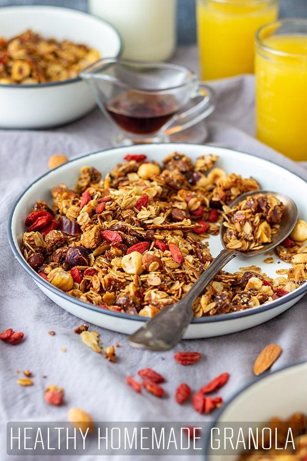 Super Healthy Homemade Granola Breakfast Recipe