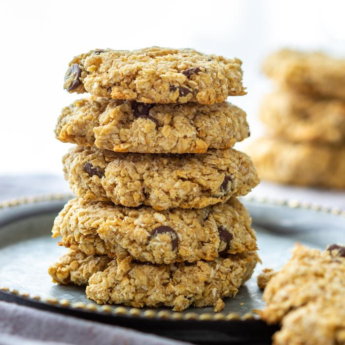 Flourless Chocolate Chip Oatmeal Cookies