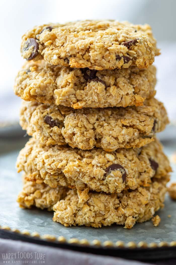 Homemade Flourless Chocolate Chip Oatmeal Cookies