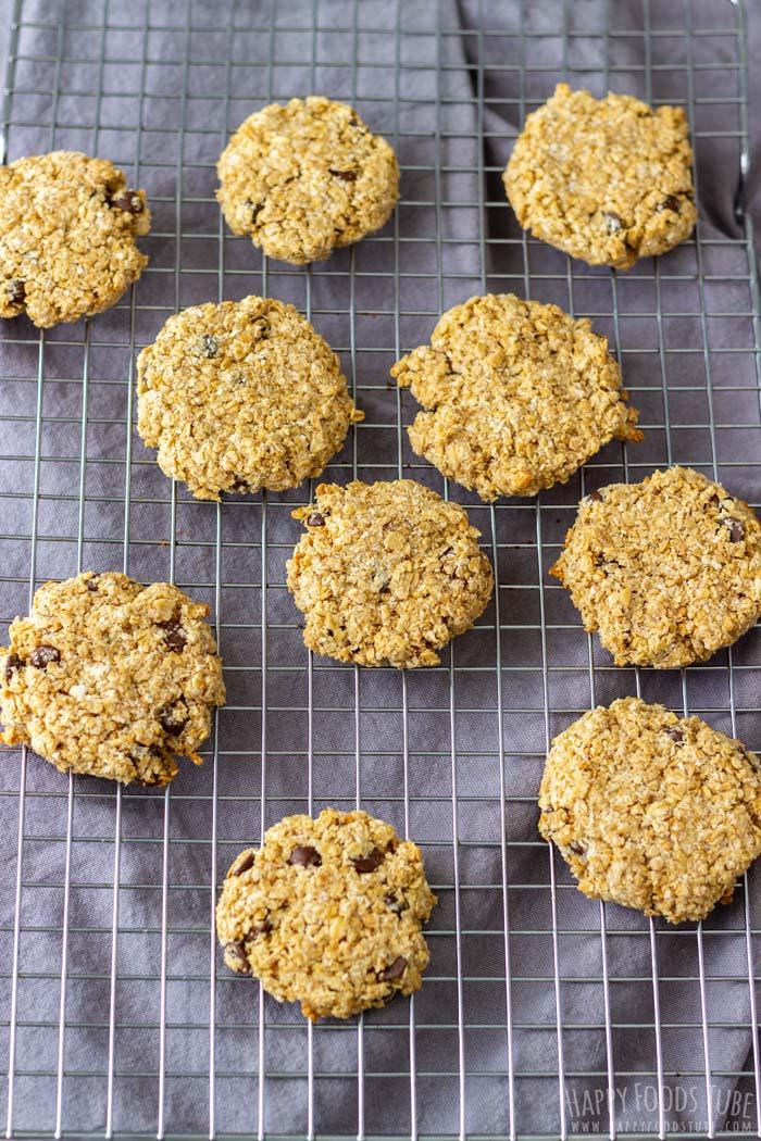 How to make Flourless Chocolate Chip Oatmeal Cookies Step 5