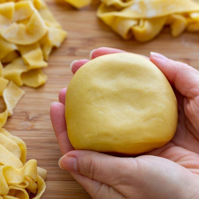 Easy Homemade Pasta Dough Recipe - Happy Foods Tube