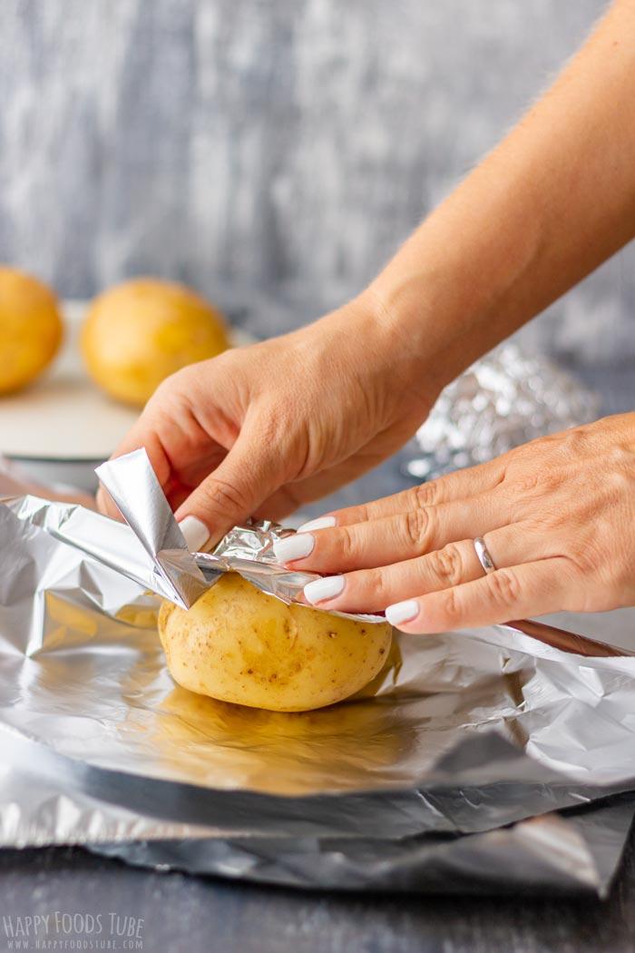 How to make Ash-Roasted Potatoes Step 1