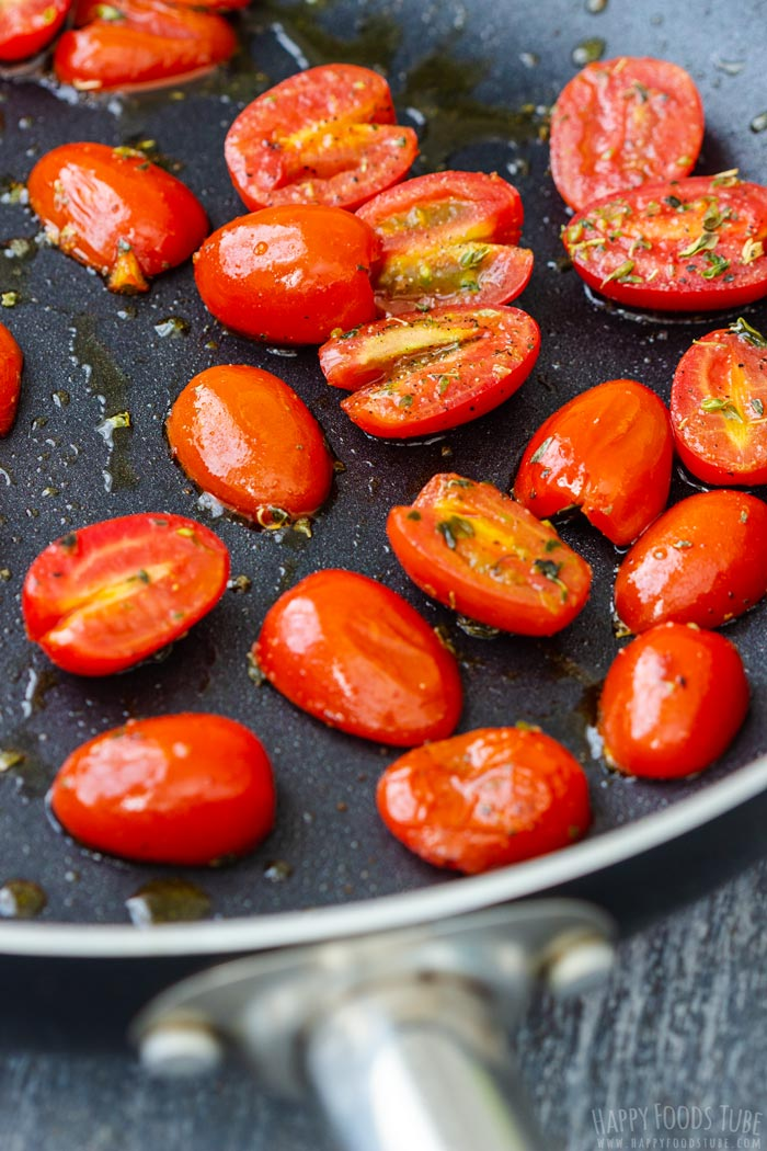 Roasting Tomatoes for Rice Cakes