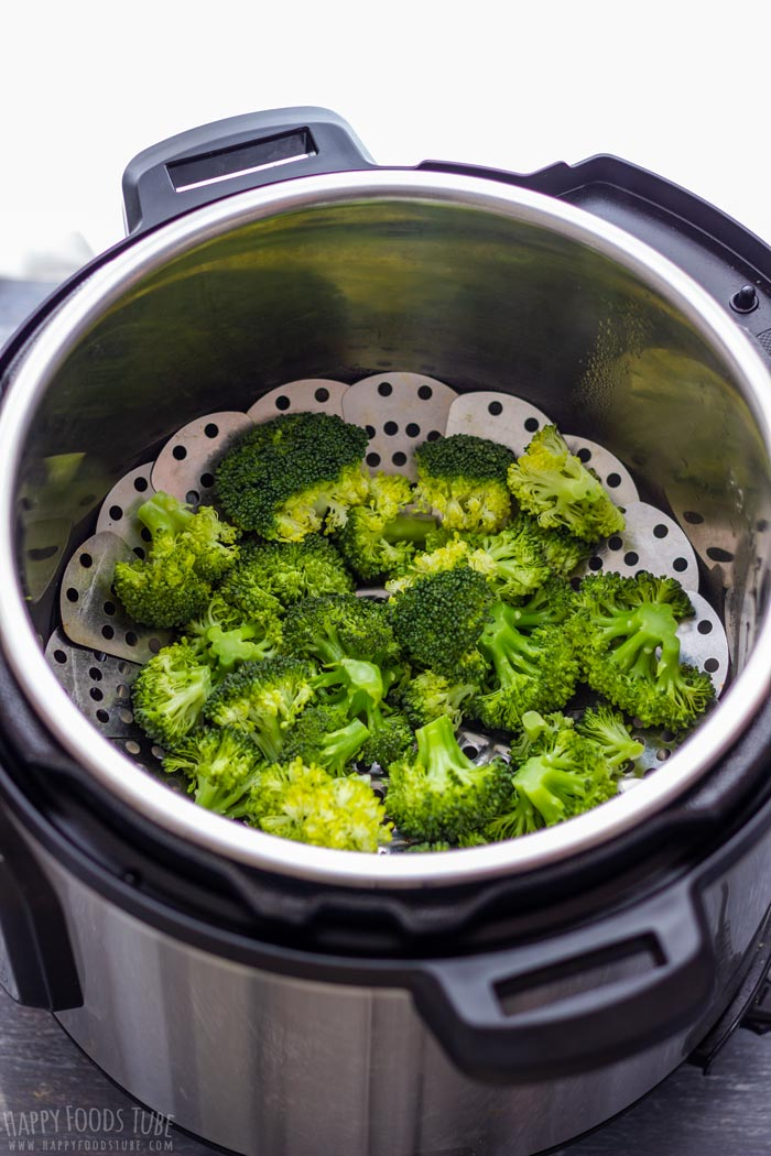 Cooked Broccoli in the Instant Pot