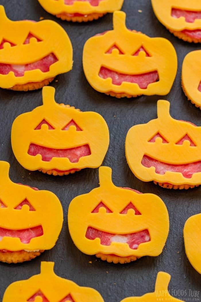 Halloween Ritz Cracker Appetizers