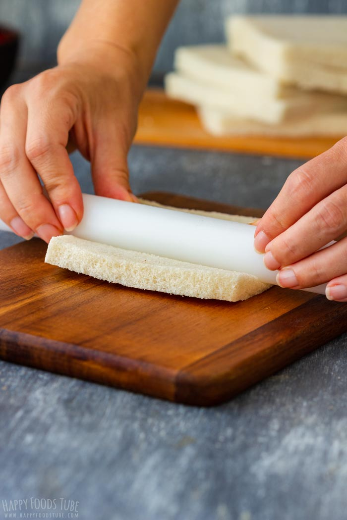How to make Maple Pecan French Toast Roll Ups Step 1