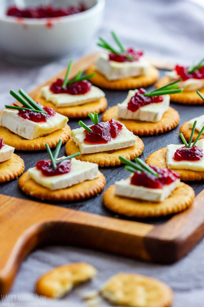 Mini Cranberry Brie Bites
