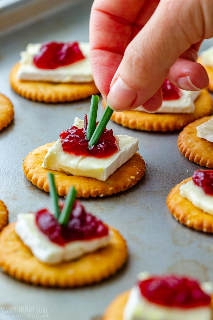 How to make Cranberry Brie Bites Step 2