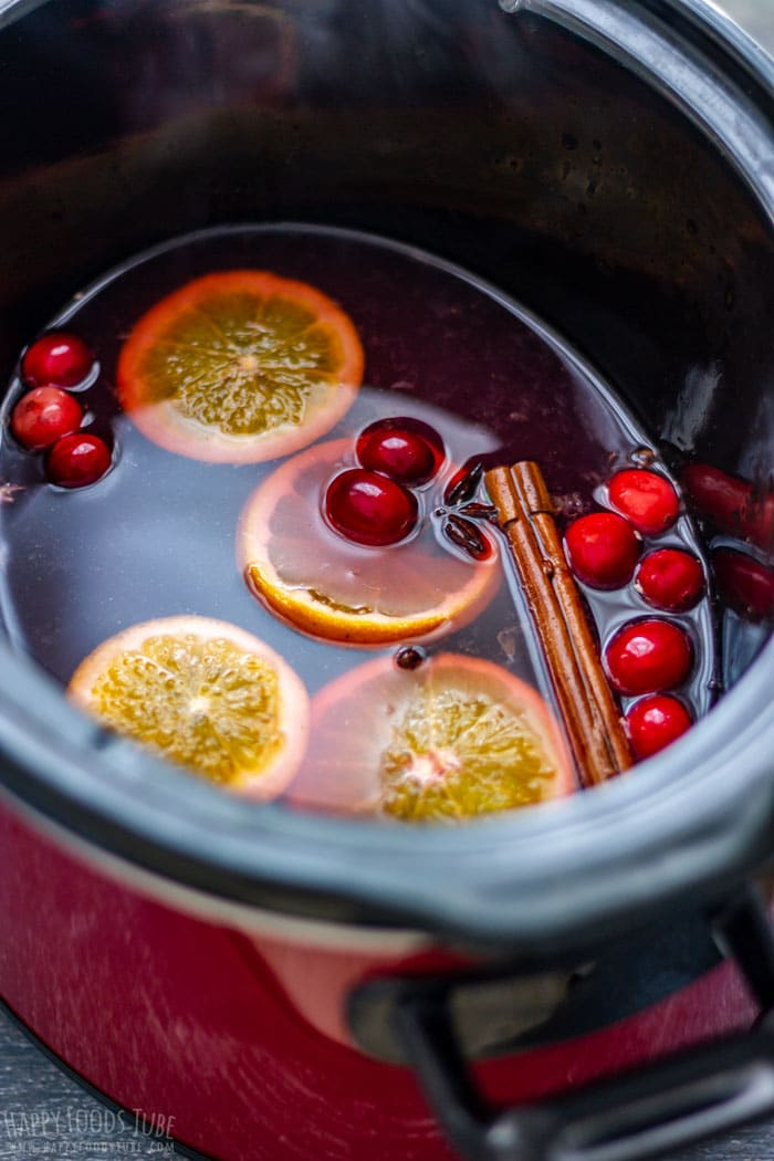 Non Alcoholic Mulled Wine in Slow Cooker