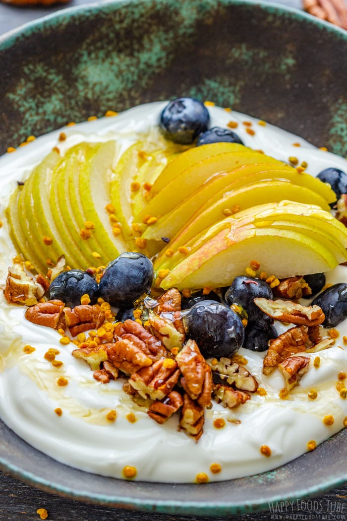 Breakfast Bowl with Pecans, Pears and Blueberries