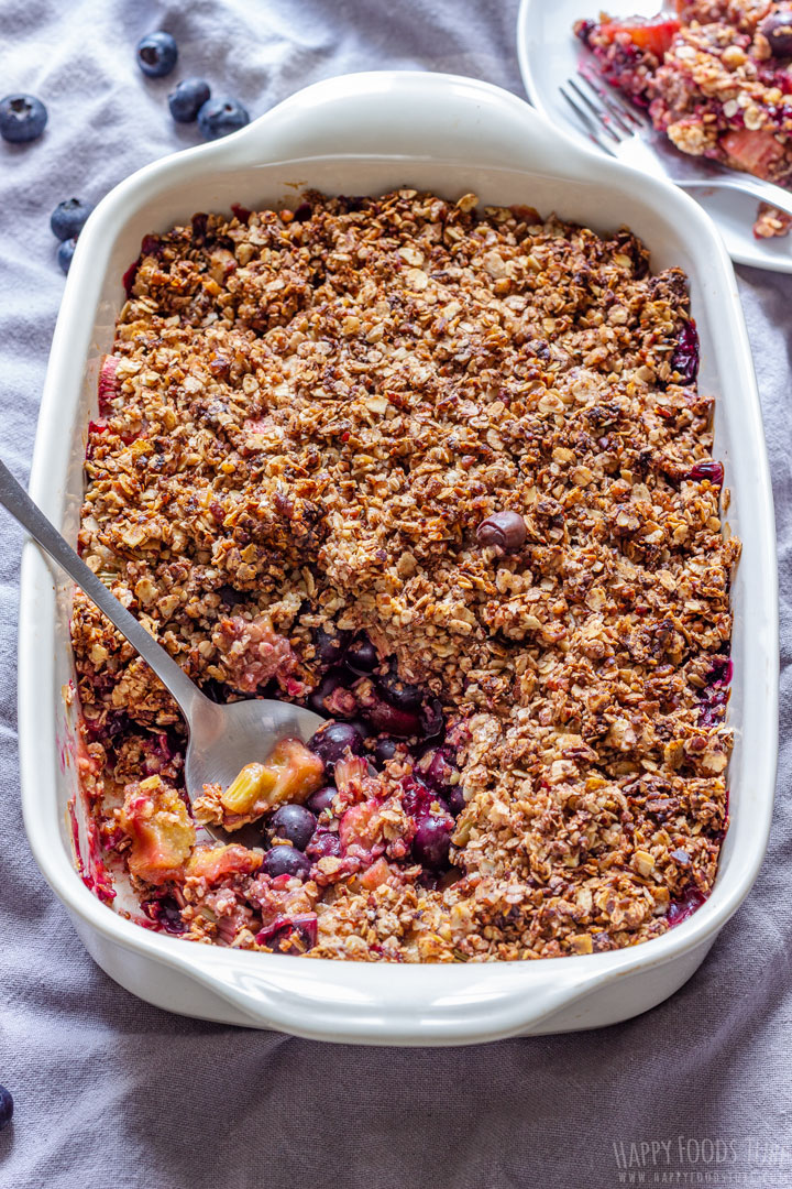Homemade Blueberry Rhubarb Crisp