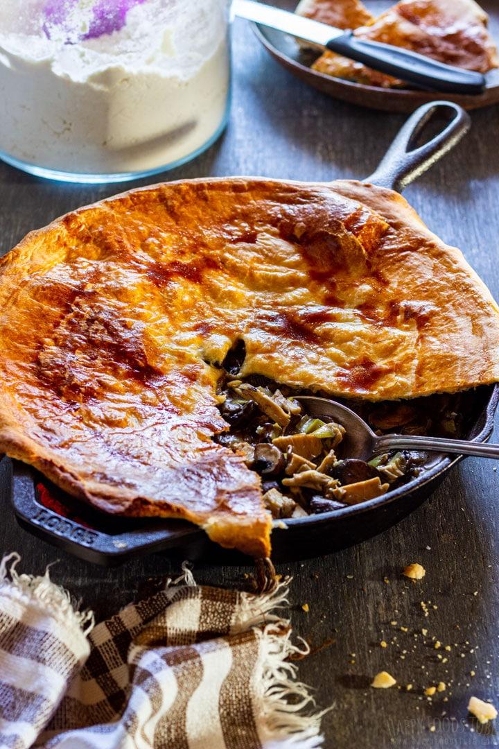 Chicken and mushroom pie with crispy crust