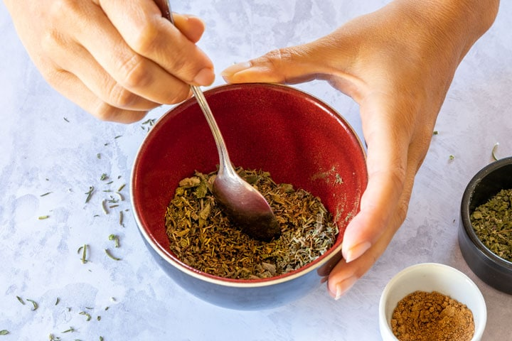 Makning seasoning for poultry